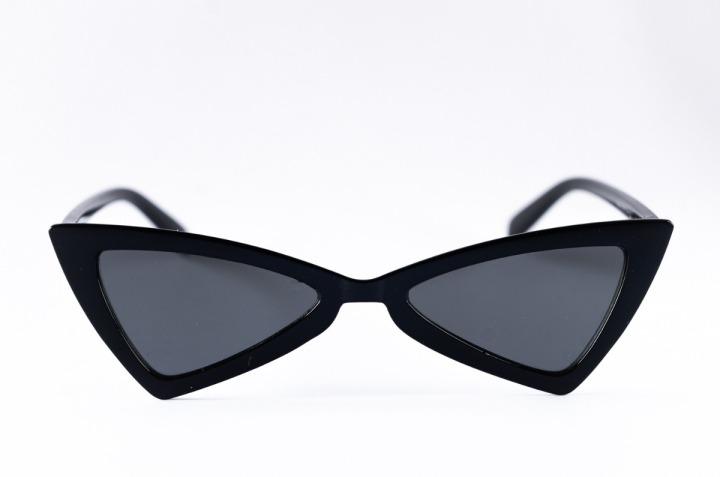 lentes-retro-cat-eye-triangulo-plano-negro-d_nq_np_847393-mlc27781153603_072018-f